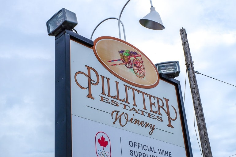 white exterior sign to pillitteri winery in niagara on the lake