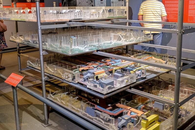 scale model of bunker in diefenbunker museum